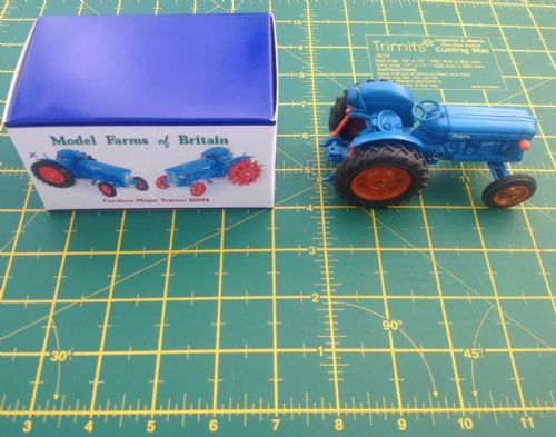 "A Britains Fordson Tractor Fordson Major DDN ""  Rubber  Wheels "" Finished in Blue copy model """